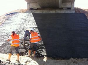 Autovia SE-40 - Sevilla, encachado de piedra en puentes